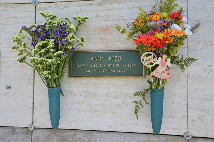 Andy Gibb grave